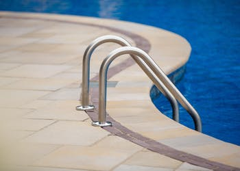 Product: Bullnose Coping