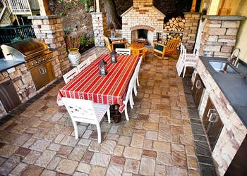 Story: Old Mission Pavers Create Tuscan Getaway