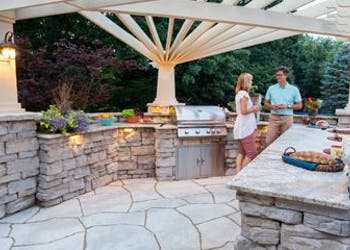 Project: Outdoor Kitchens